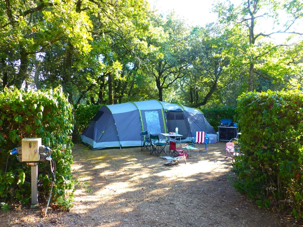 emplacement camping carcassonne camping-car caravane